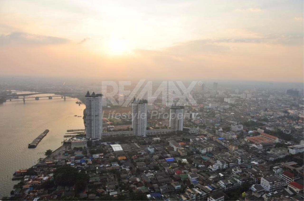 RE/MAX LifeStyle Property Agency's Watermark Chaophraya 1