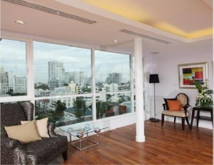 RE/MAX LifeStyle Property Agency's Apartment Thonglor 2