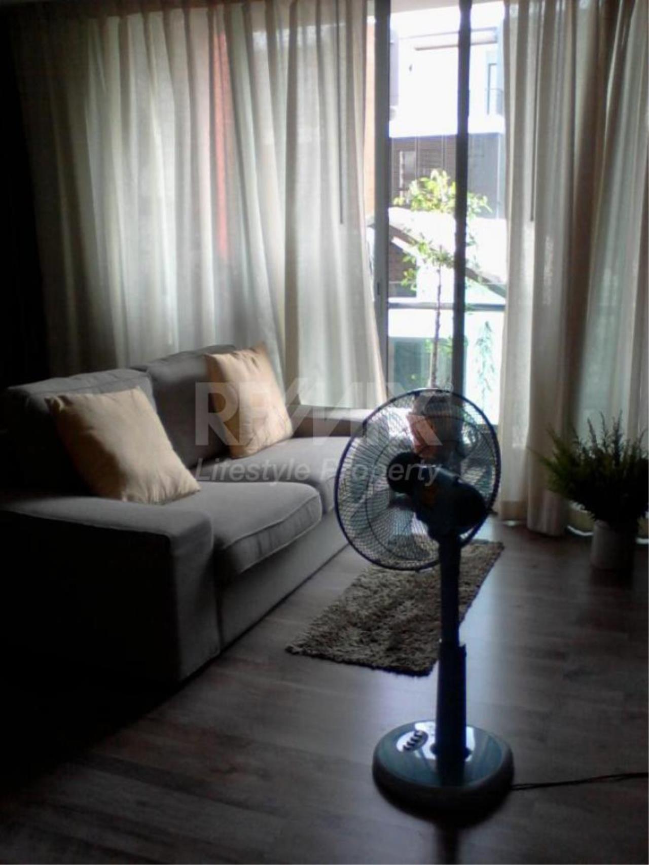 RE/MAX LifeStyle Property Agency's Click Condo Sukhumvit 65 1