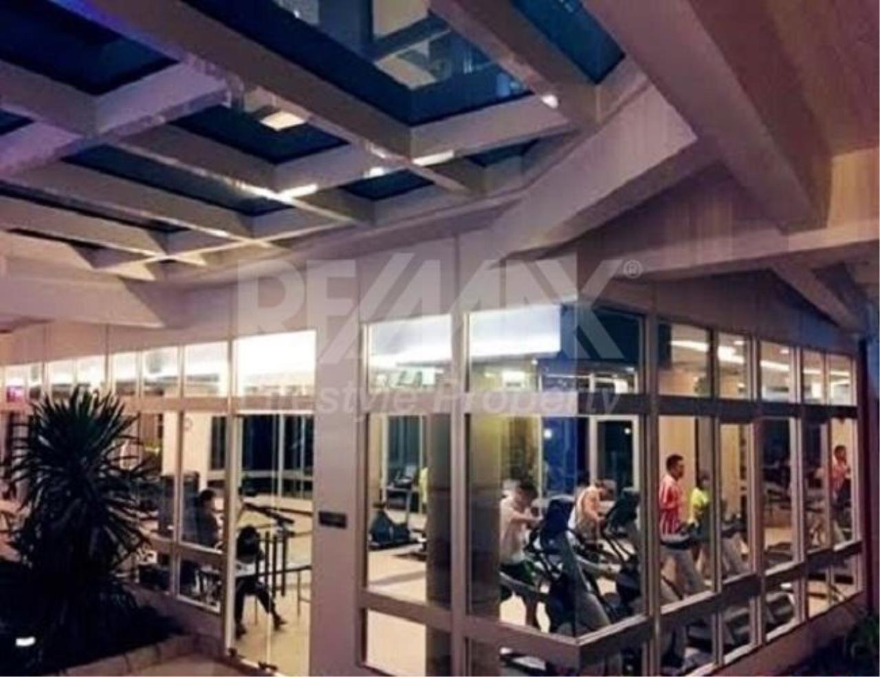 RE/MAX LifeStyle Property Agency's Supalai Lite Sathorn - Charoenrat 13