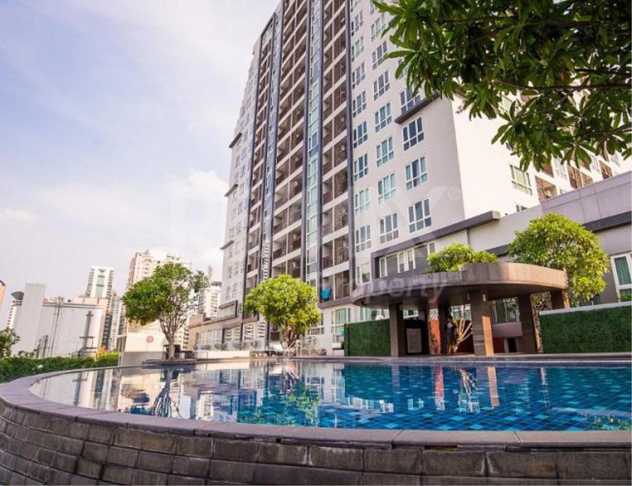 RE/MAX LifeStyle Property Agency's 15 Sukhumvit Residences 9