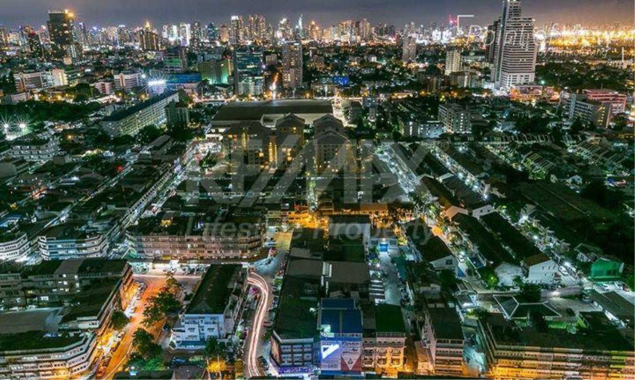 RE/MAX LifeStyle Property Agency's Fuse Chan - Sathorn 1