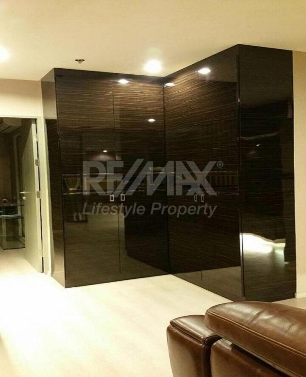 RE/MAX LifeStyle Property Agency's Life Ratchadapisek 10