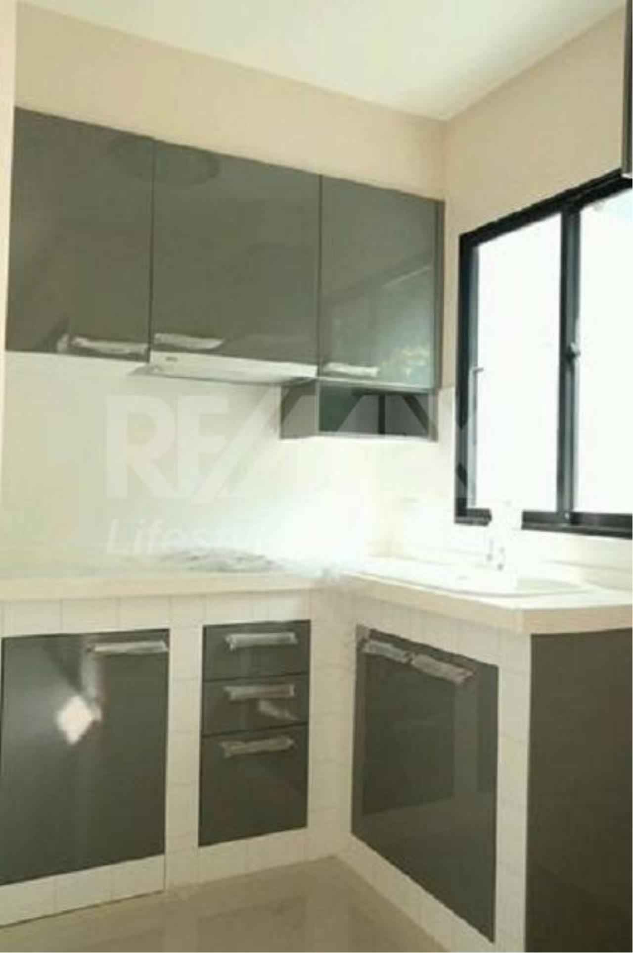 RE/MAX LifeStyle Property Agency's Town House Rama9-Ramkamhaeng 4