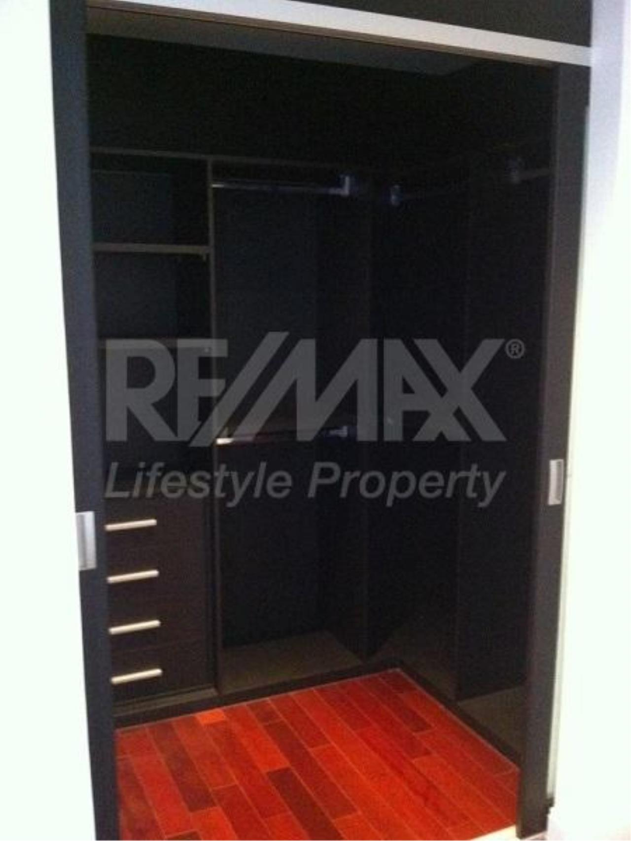 RE/MAX LifeStyle Property Agency's Athenee Residence 5