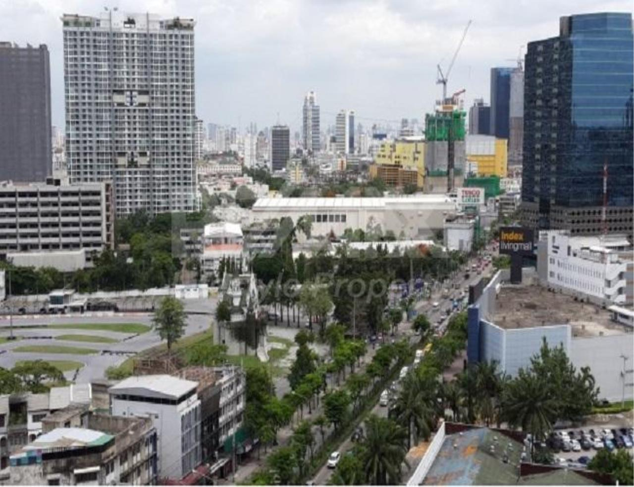 RE/MAX LifeStyle Property Agency's Supalai Park Phaholyothin 11