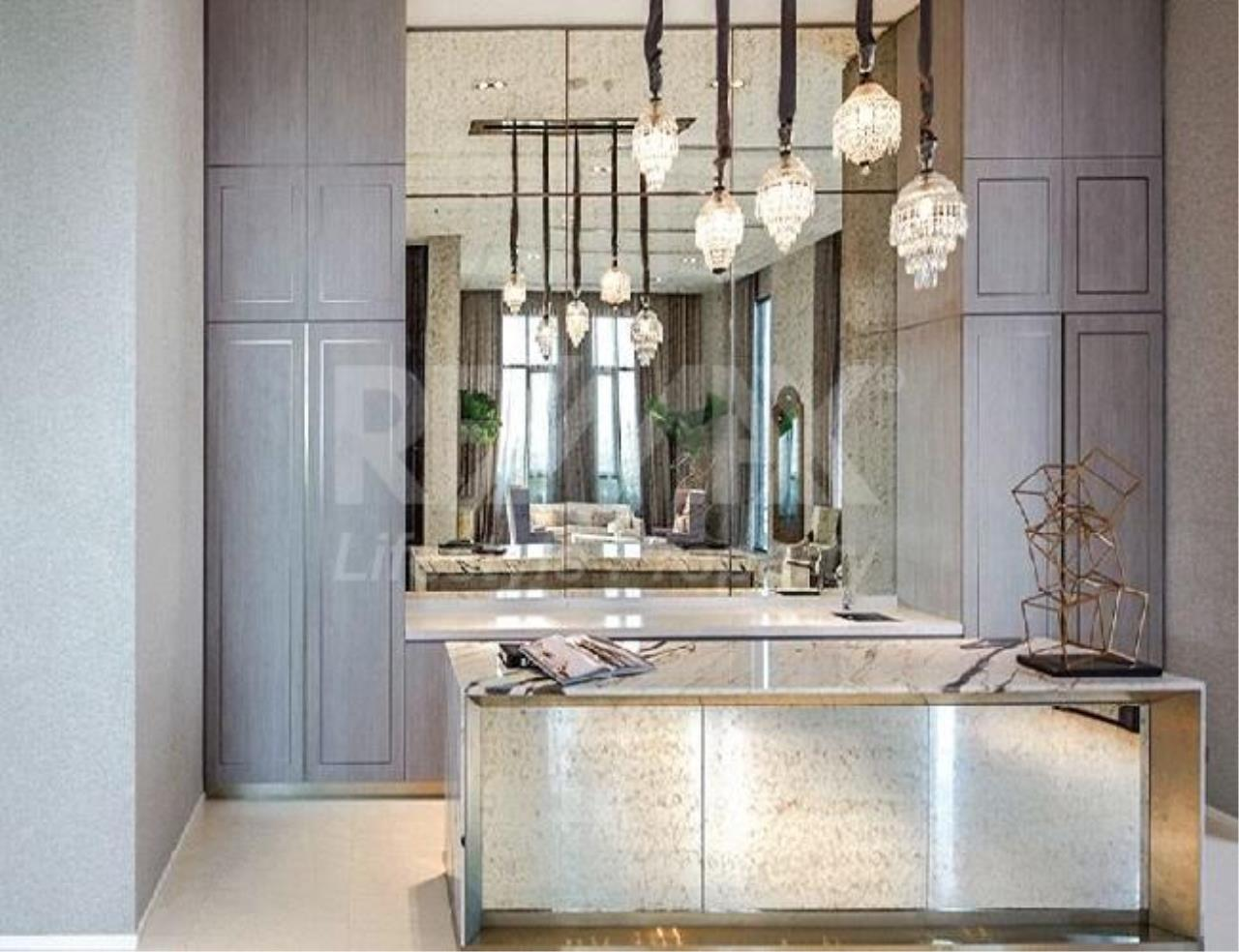 RE/MAX LifeStyle Property Agency's The Diplomat Sathorn 14