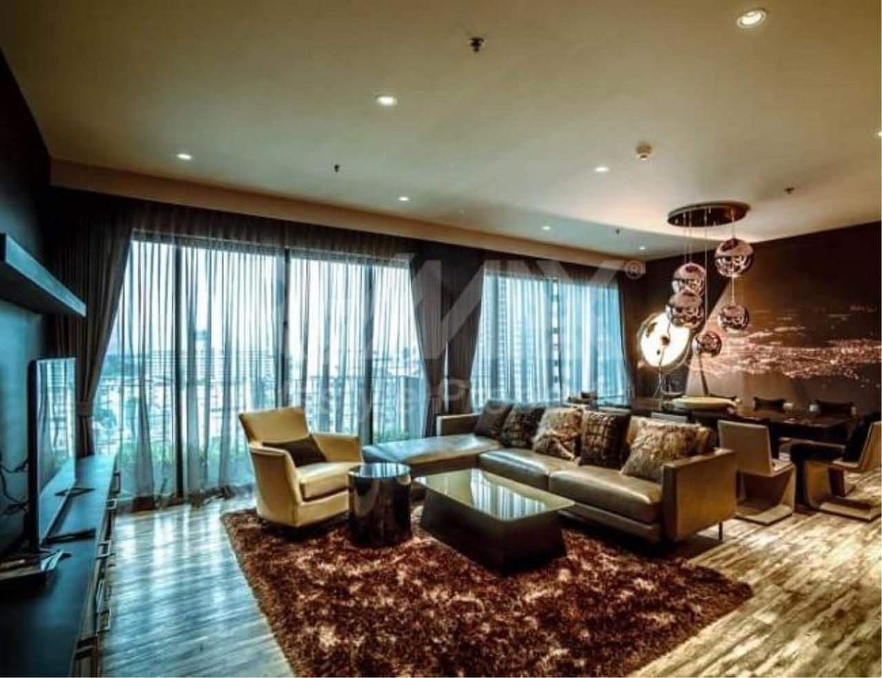 RE/MAX LifeStyle Property Agency's The Emporio Place 15