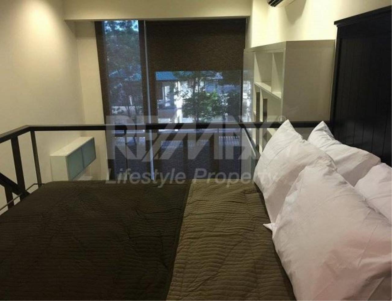 RE/MAX LifeStyle Property Agency's Ashton Morph 38 6