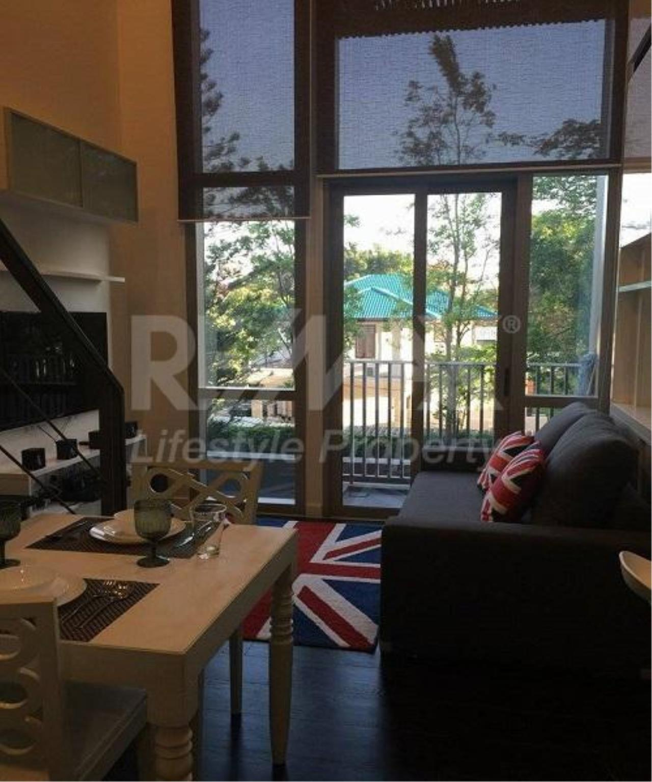 RE/MAX LifeStyle Property Agency's Ashton Morph 38 11