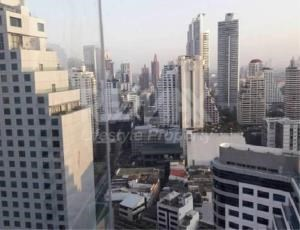 RE/MAX LifeStyle Property Agency's Edge Sukhumvit 23 2