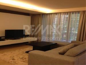 RE/MAX LifeStyle Property Agency's MODE Sukhumvit 61 1