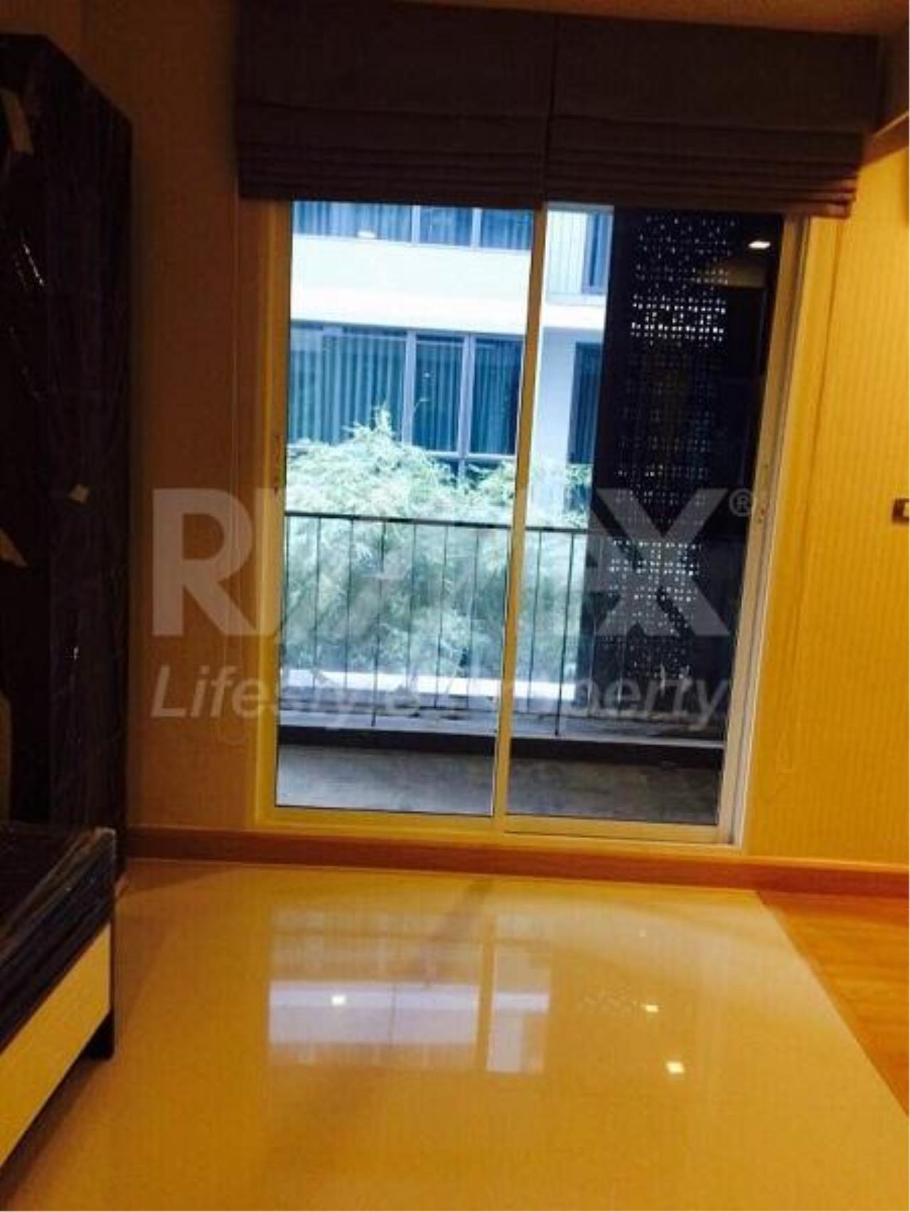 RE/MAX LifeStyle Property Agency's Tree Condo Ekamai 2