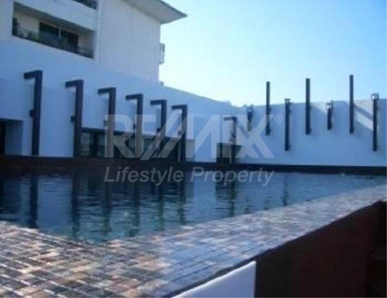 RE/MAX LifeStyle Property Agency's Le Cote Thonglor 8 3