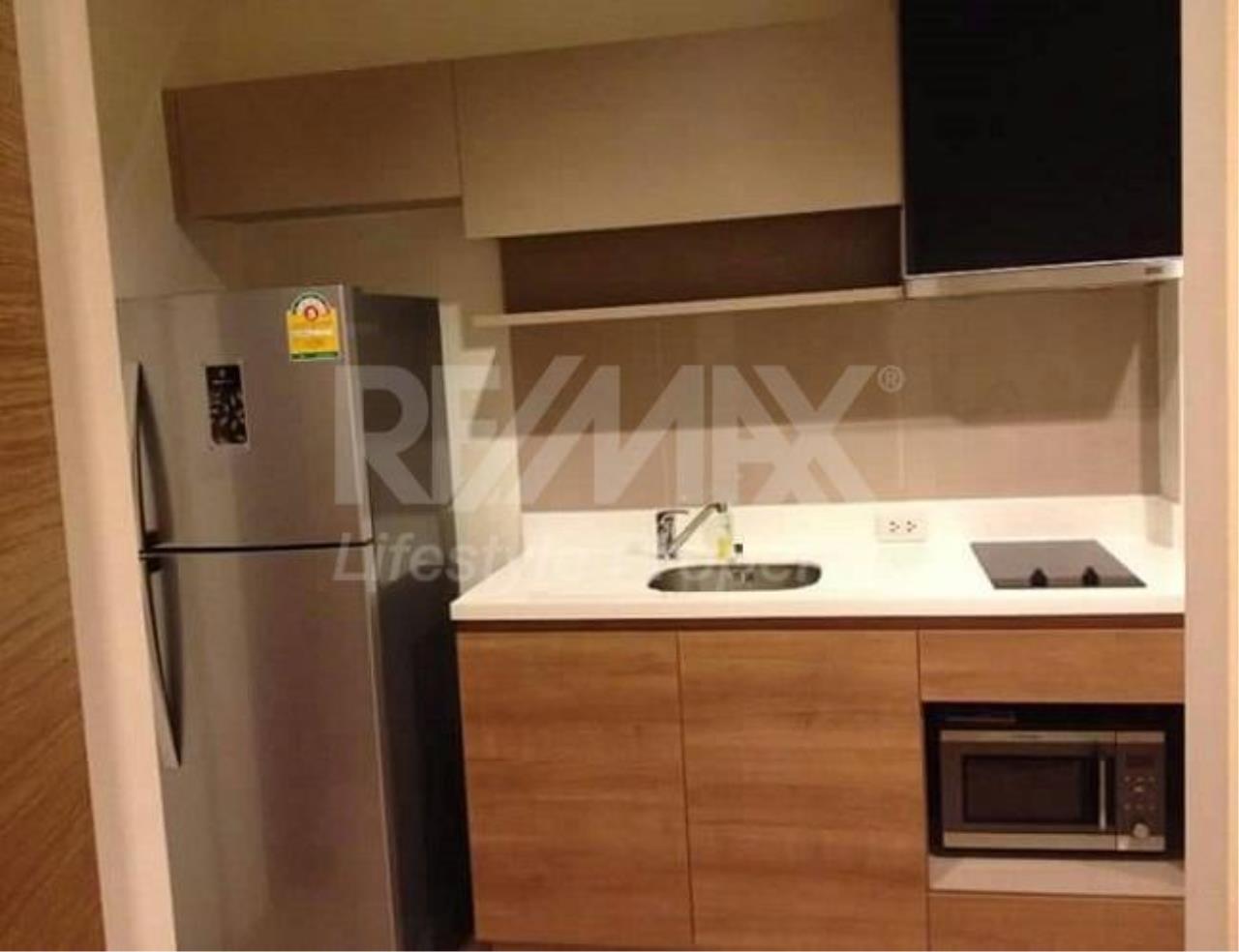 RE/MAX LifeStyle Property Agency's Rhythm Phahol-Ari 10
