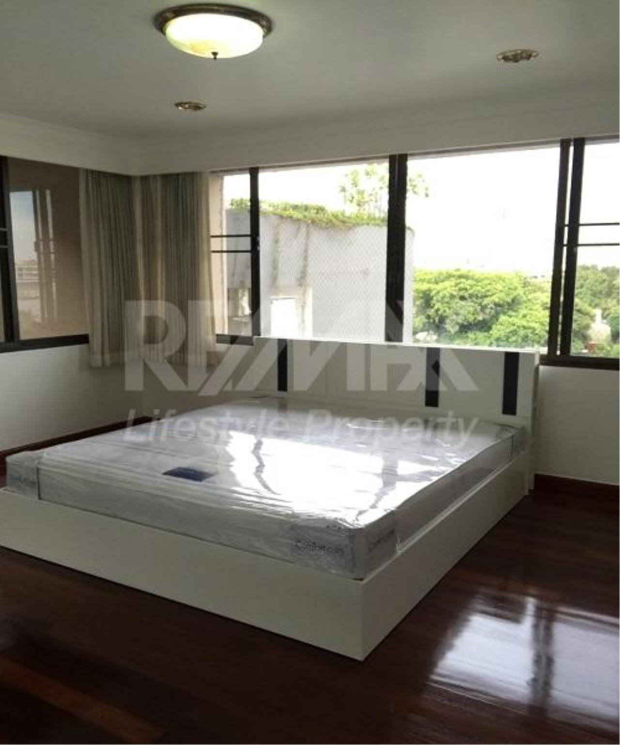 RE/MAX LifeStyle Property Agency's Acadamia Grand Tower 5