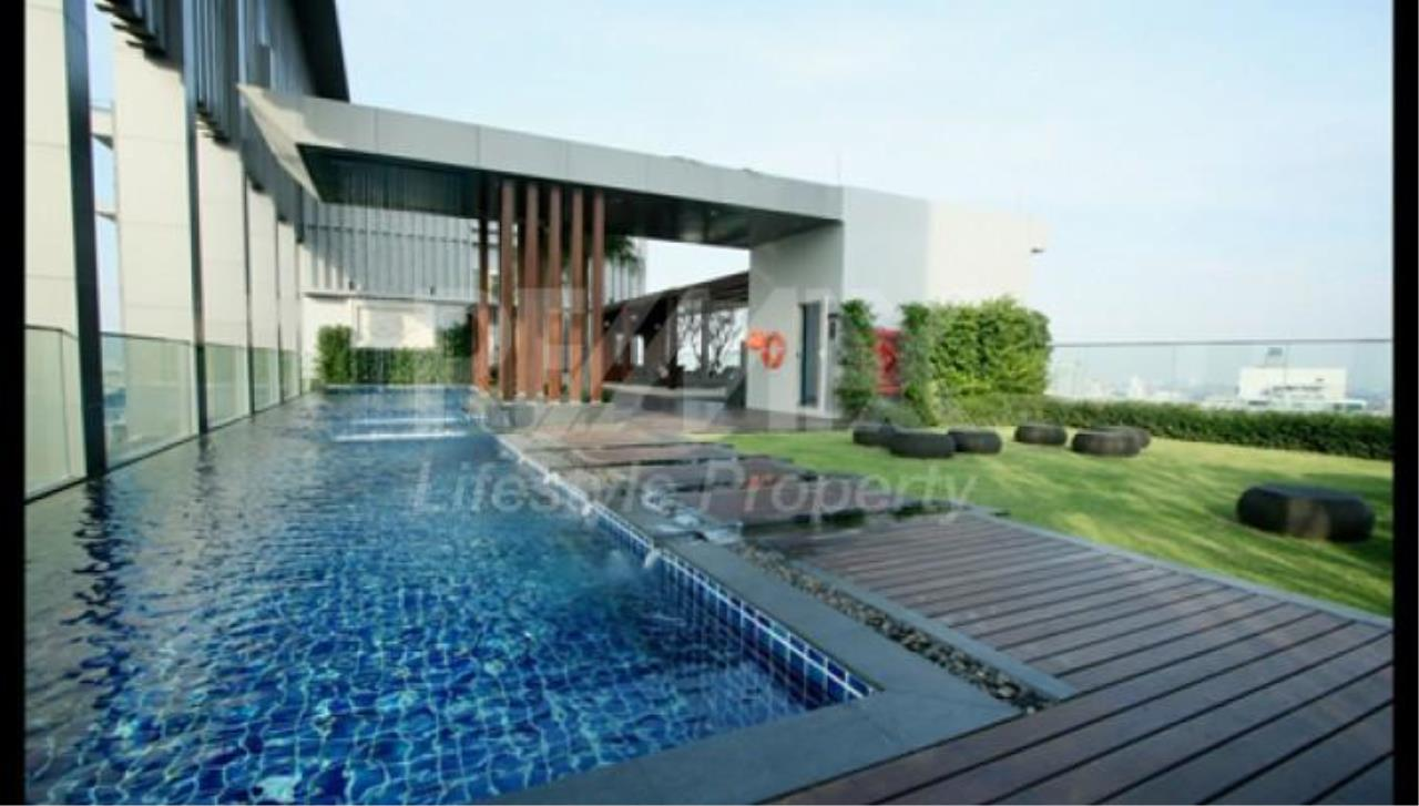 RE/MAX LifeStyle Property Agency's The Address Sukhumvit 28 2