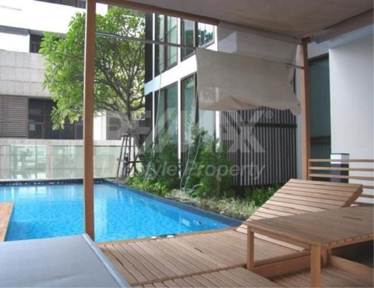 RE/MAX LifeStyle Property Agency's Ideo Sathorn-Taksin 2