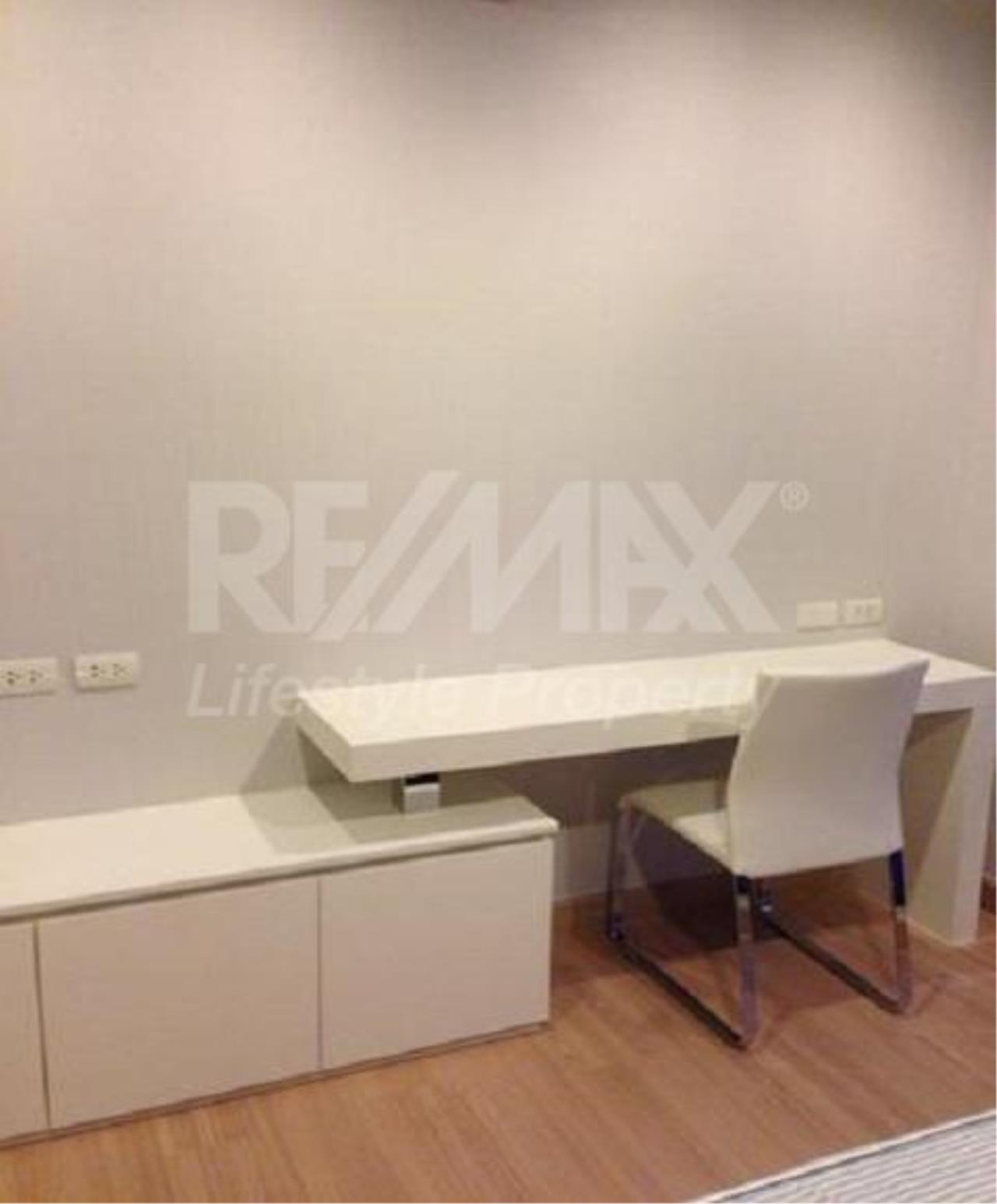 RE/MAX LifeStyle Property Agency's Urbano Absolute Sathon-Taksin 6
