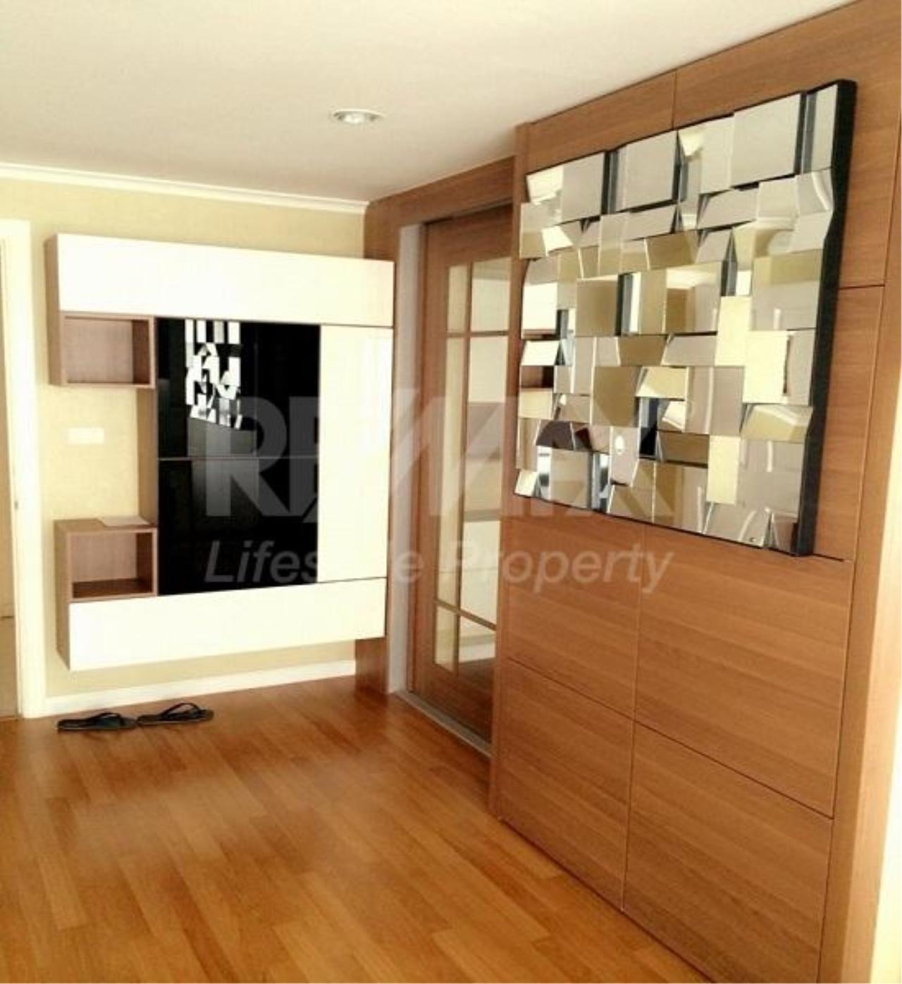 RE/MAX LifeStyle Property Agency's Lumpini Place Rama 4-Kluaynamthai 8