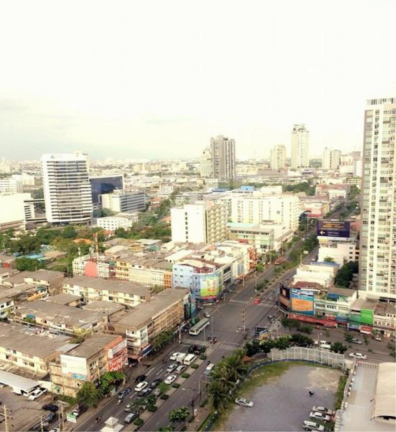 RE/MAX LifeStyle Property Agency's Lumpini Place Rama 4-Kluaynamthai 6