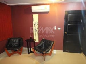 RE/MAX LifeStyle Property Agency's Baan Prompong 5