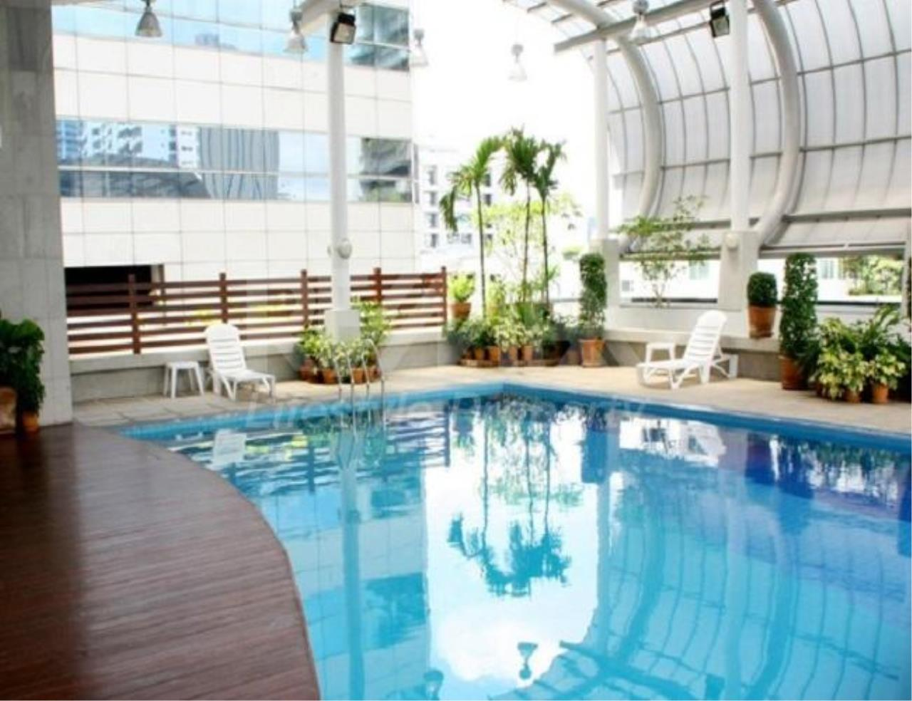 RE/MAX LifeStyle Property Agency's The Master Centrium Asoke-Sukhumvit 16