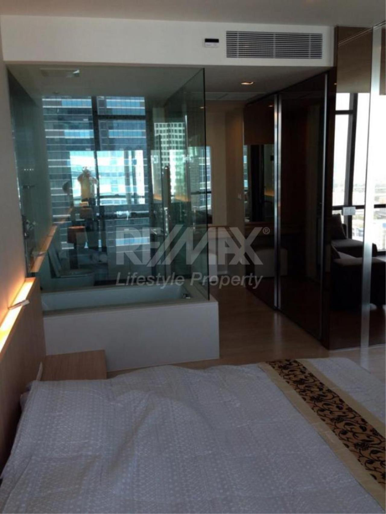 RE/MAX LifeStyle Property Agency's The Room Sukhumvit 21 13