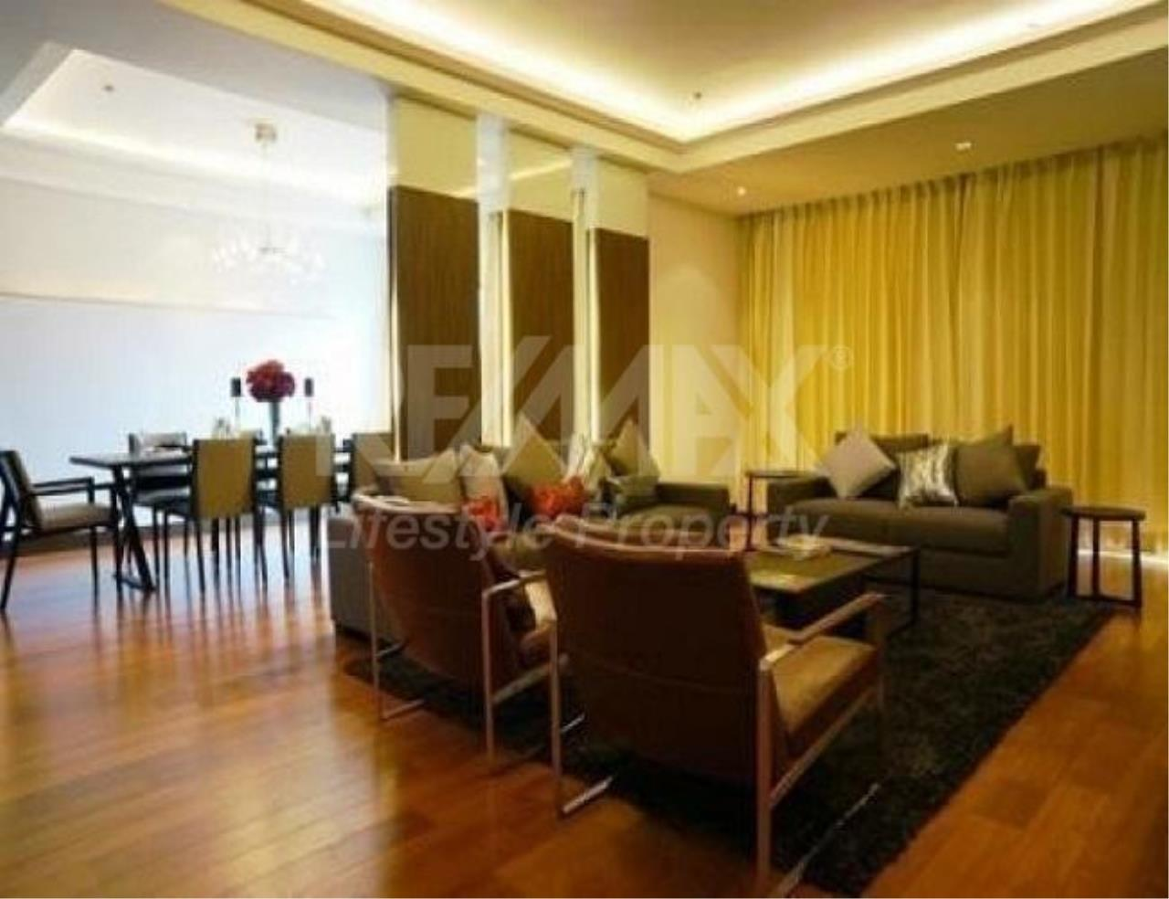 RE/MAX LifeStyle Property Agency's Royal Residence Park 10