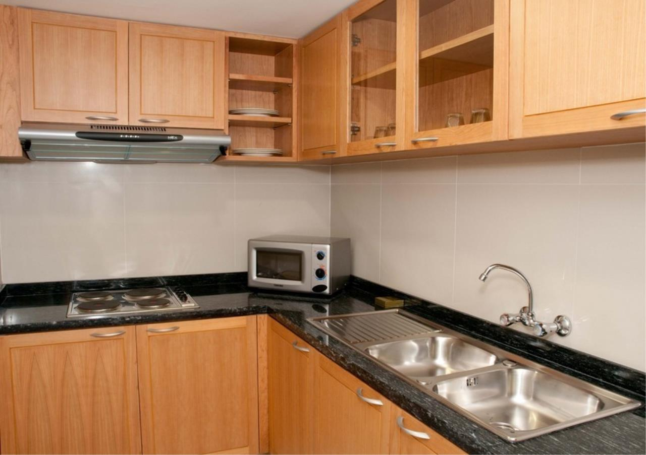Bangkok Residential Agency's 5 Bed Apartment For Rent in Silom BR0068AP 3