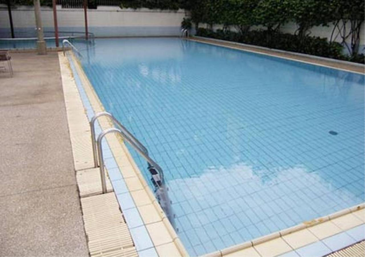 Bangkok Residential Agency's 4 Bed Apartment For Rent in Sathorn BR0073AP 1