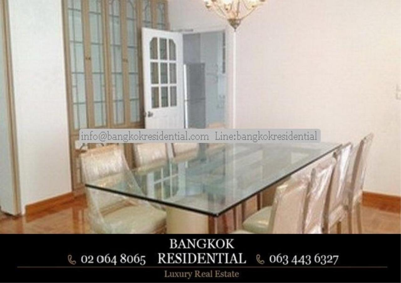 Bangkok Residential Agency's 3 Bed Apartment For Rent in Chidlom BR0081AP 4