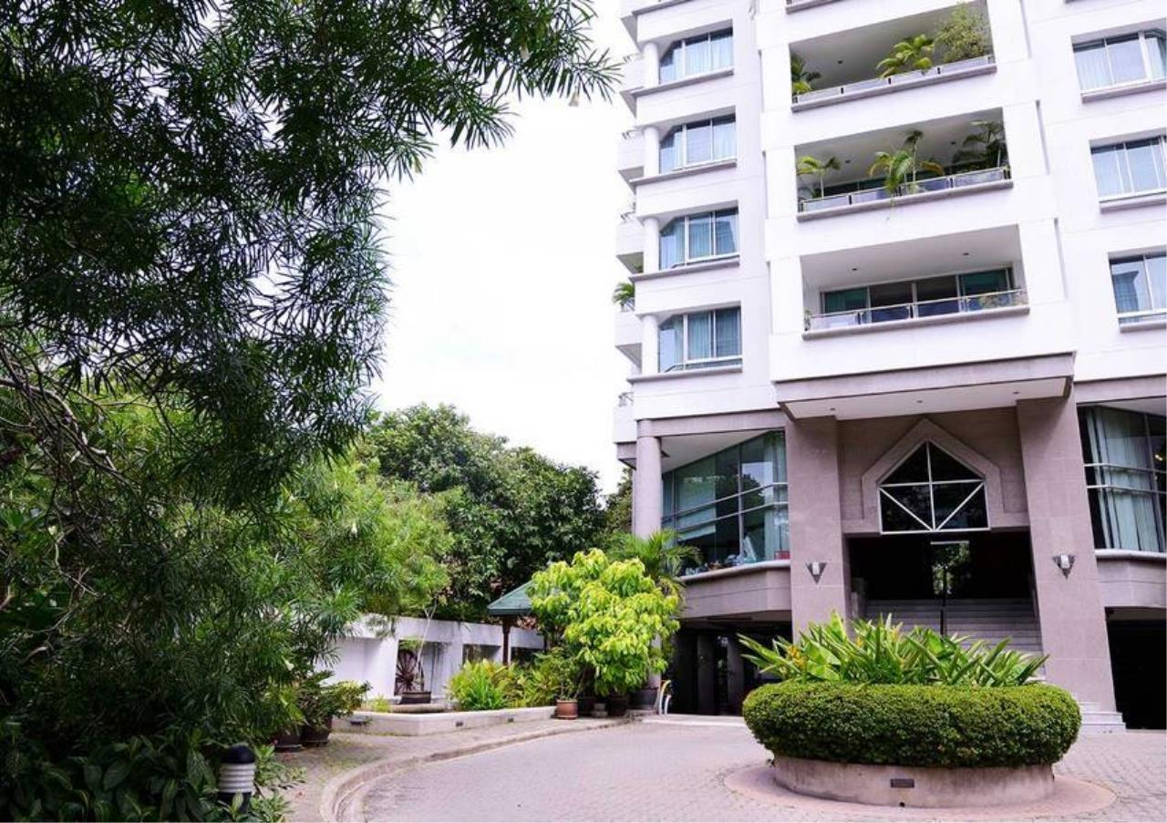Bangkok Residential Agency's 2 Bed Apartment For Rent in Sathorn BR0105AP 4