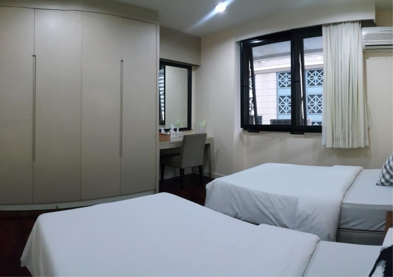 Bangkok Residential Agency's 2 Bed Apartment For Rent in Ratchadamri BR0194AP 8