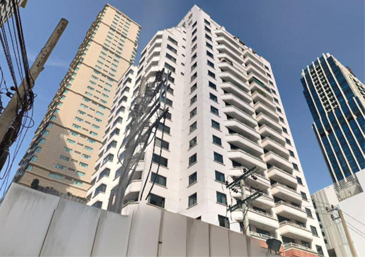 Bangkok Residential Agency's 2 Bed Apartment For Rent in Ratchadamri BR0194AP 11