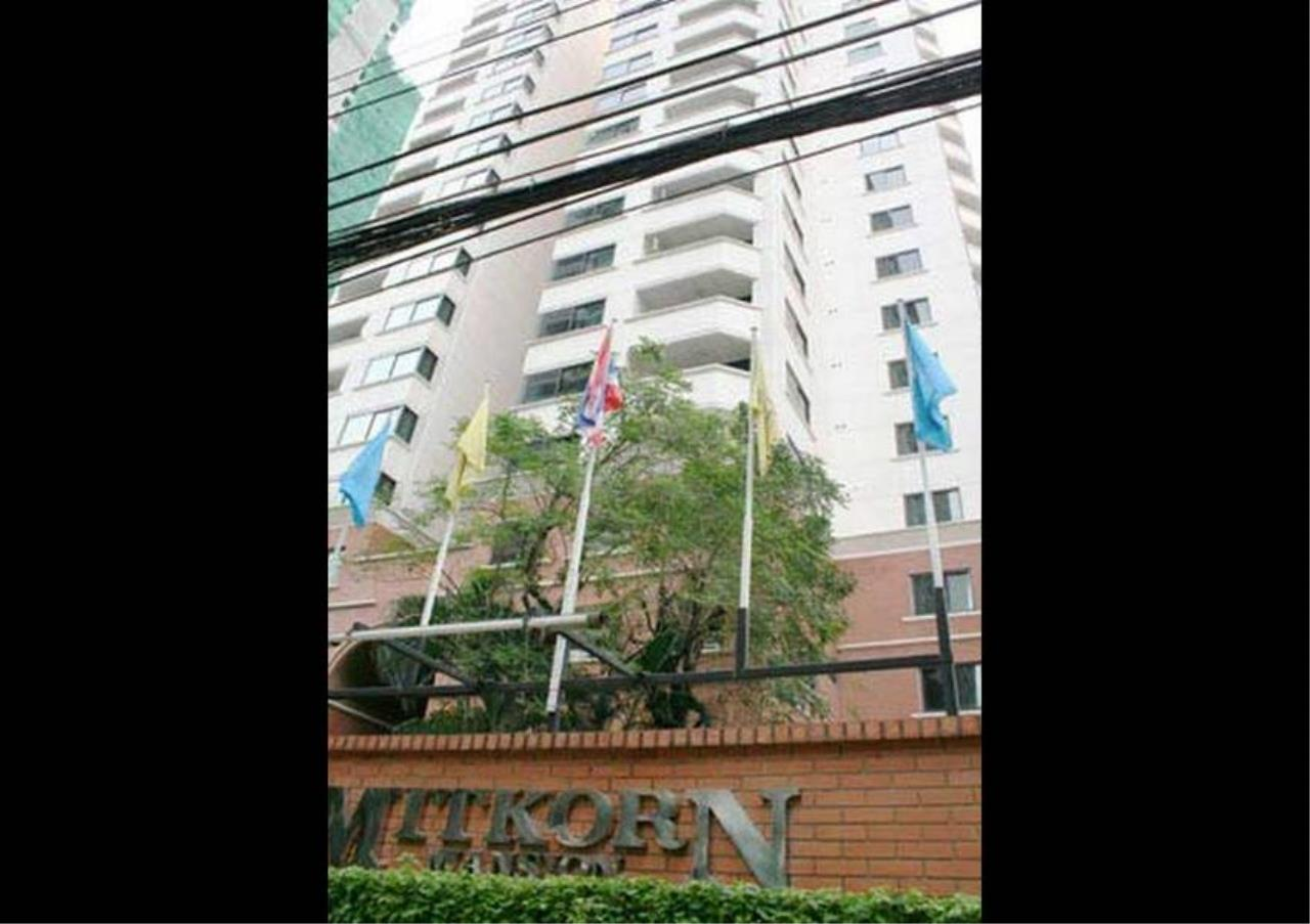 Bangkok Residential Agency's 2 Bed Apartment For Rent in Ratchadamri BR0194AP 10