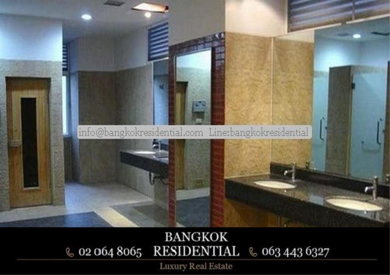 Bangkok Residential Agency's 3 Bed Apartment For Rent in Phrom Phong BR0213AP 5