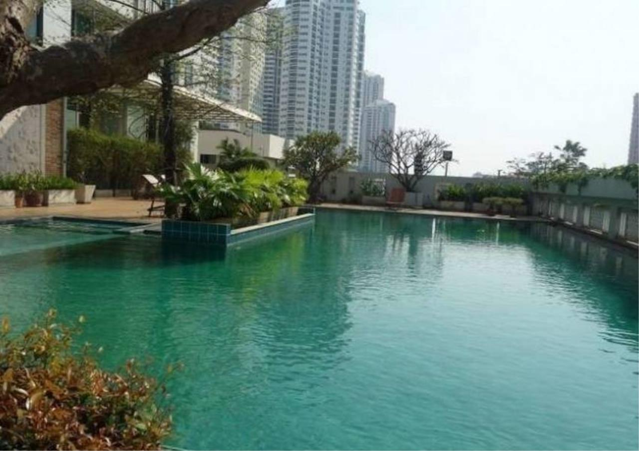 Bangkok Residential Agency's 4 Bed Penthouse For Rent in Phrom Phong BR0264AP 1