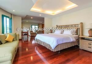 Bangkok Residential Agency's 4 Bed Apartment For Rent in Chidlom BR0307AP 6