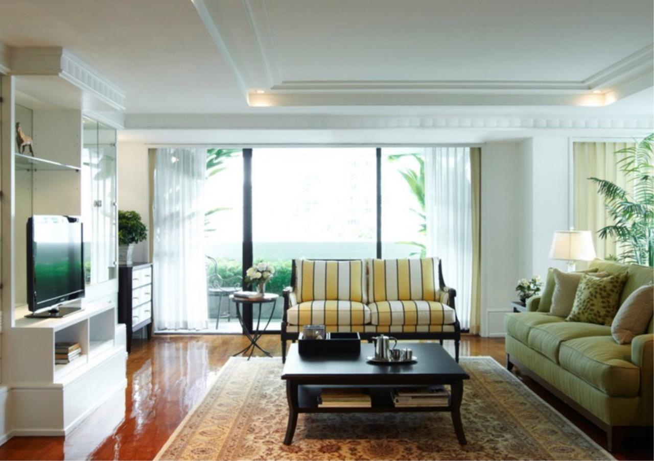 Bangkok Residential Agency's 3 Bed Apartment For Rent in Asoke BR0364AP 1