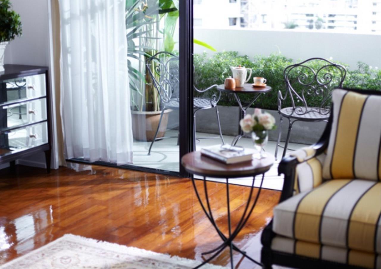 Bangkok Residential Agency's 3 Bed Apartment For Rent in Asoke BR0364AP 2