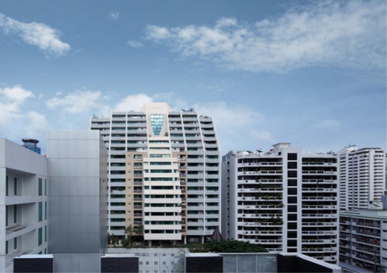 Bangkok Residential Agency's 3 Bed Apartment For Rent in Asoke BR0364AP 12