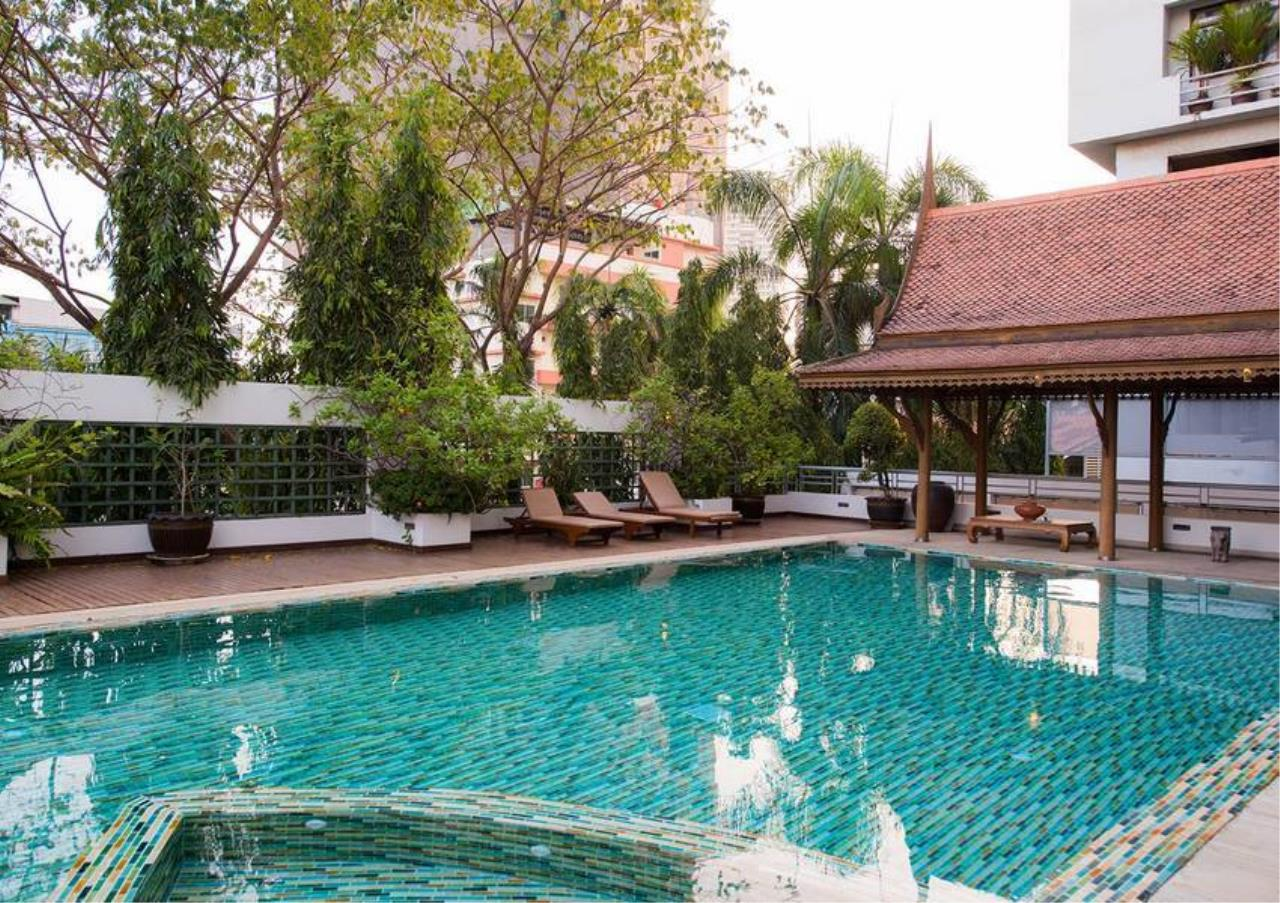 Bangkok Residential Agency's 5 Bed Penthouse For Rent in Phrom Phong BR0406AP 6