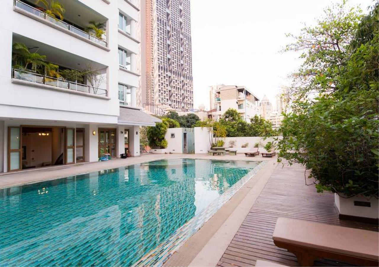 Bangkok Residential Agency's 5 Bed Penthouse For Rent in Phrom Phong BR0406AP 7
