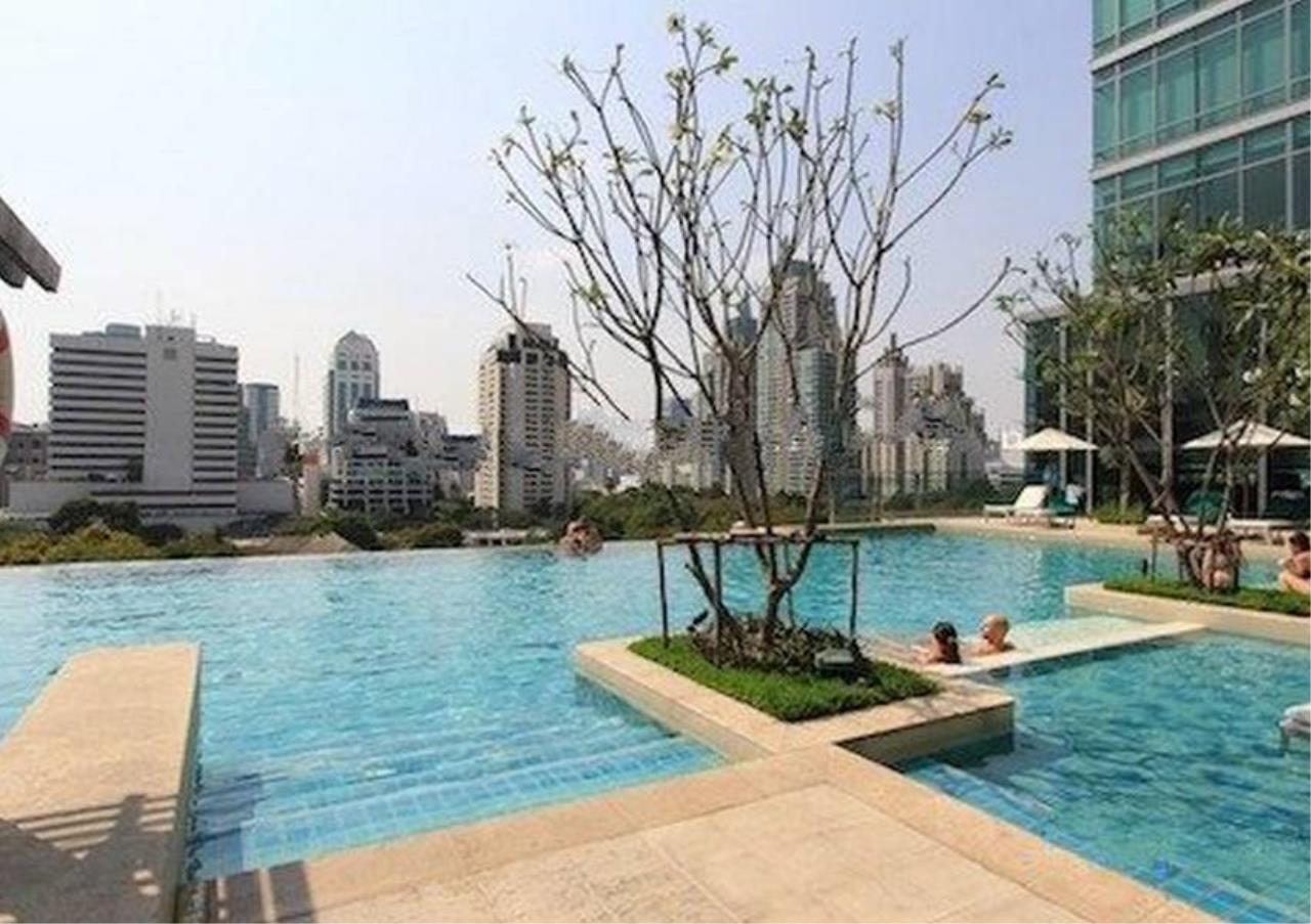 Bangkok Residential Agency's 3 Bed Apartment For Rent in Phloenchit BR0443AP 4