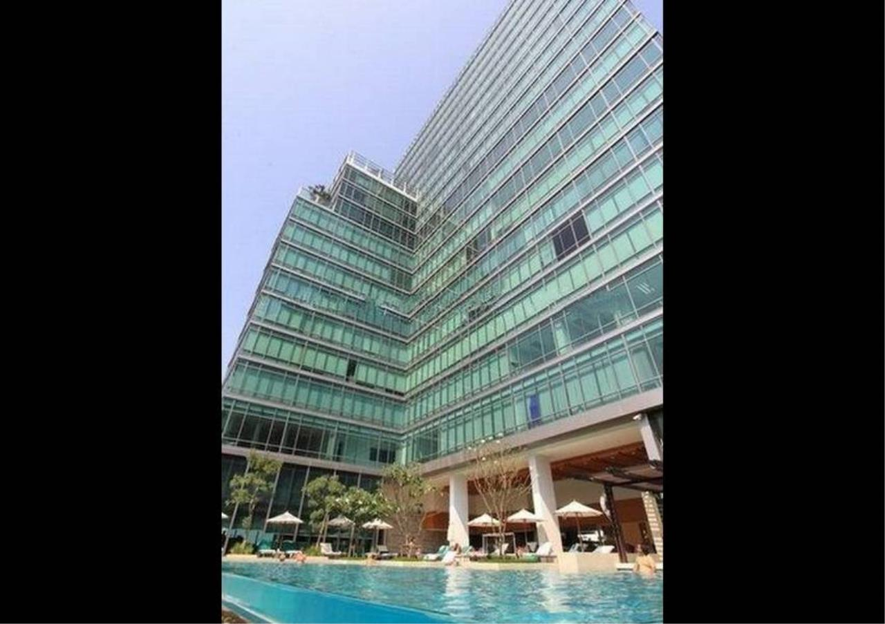 Bangkok Residential Agency's 3 Bed Apartment For Rent in Phloenchit BR0443AP 1