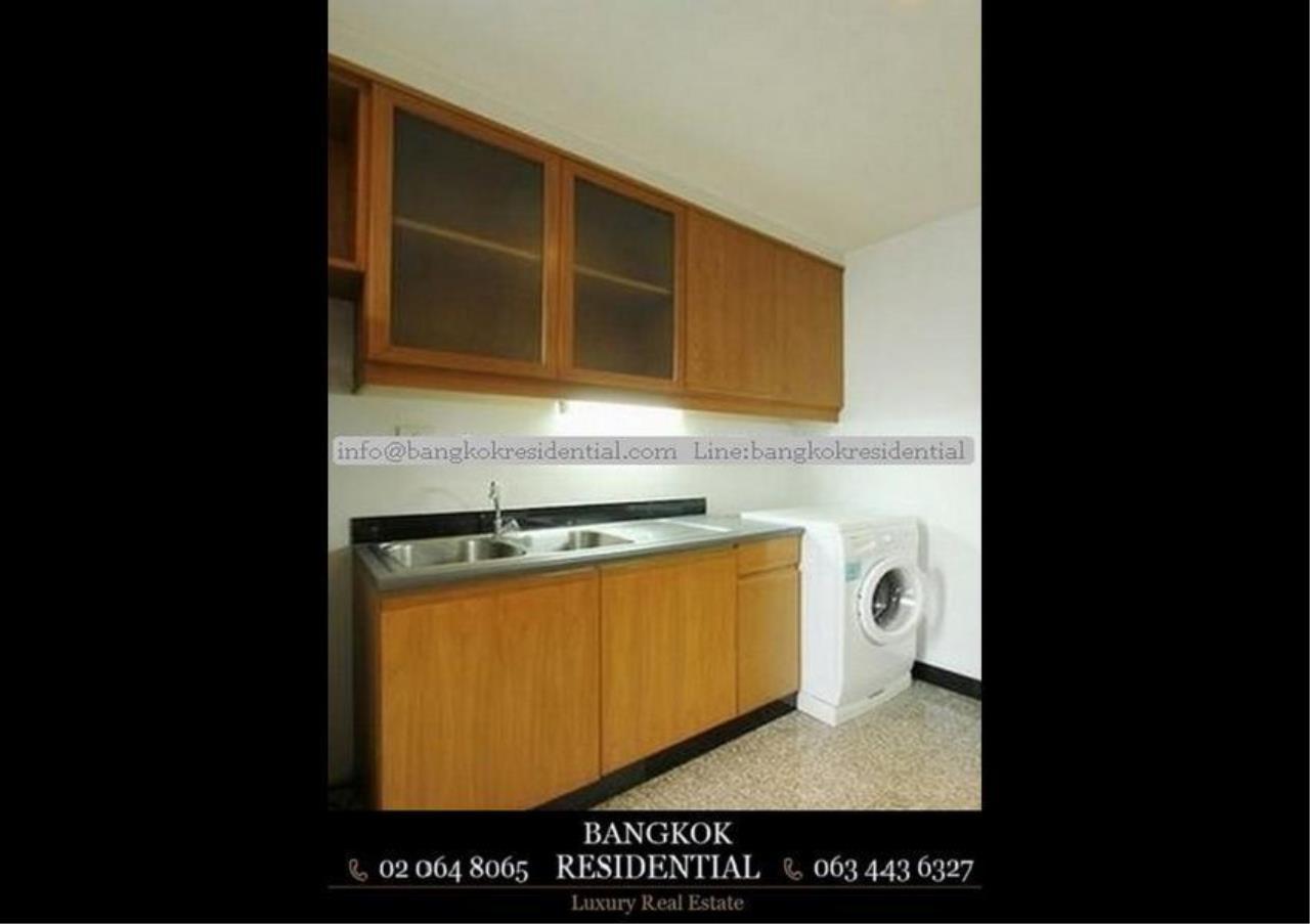 Bangkok Residential Agency's 2 Bed Apartment For Rent in Phloenchit BR0561AP 7