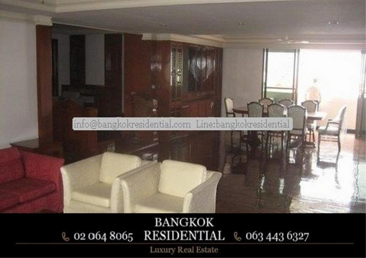 Bangkok Residential Agency's 3 Bed Apartment For Rent in Nana BR0572AP 11
