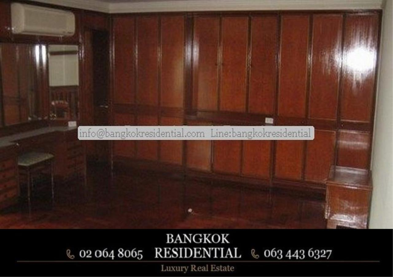 Bangkok Residential Agency's 3 Bed Apartment For Rent in Nana BR0572AP 15