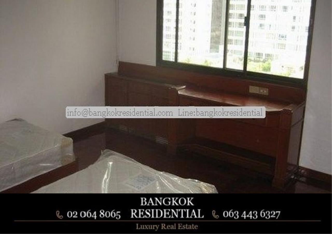 Bangkok Residential Agency's 3 Bed Apartment For Rent in Nana BR0572AP 16